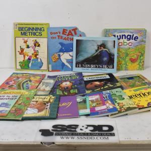 Photo of Kids' Books Lot: Berenstain Bears, Halloween is Sweet -to- Beginning Metrics