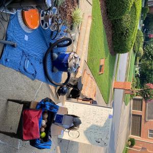Photo of garage sale!