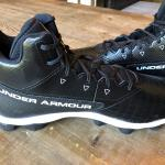 Under Armour Mens Hammer Mid RM Football Cleats Black 3022174-001 size 15 NEW