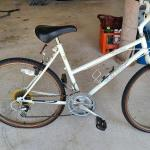 """Lot 1 Garage: Raleigh """"Finesse"""" Bicycle"""