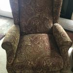 Pair of recliners-only available on August 7 for pick up