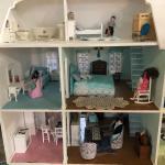 Adorable Cottage Dollhouse