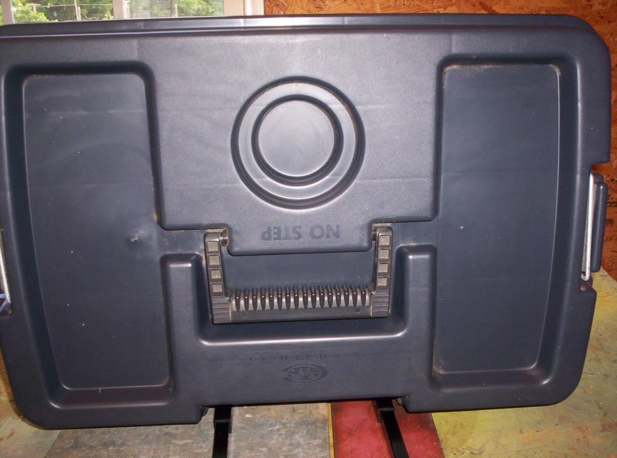 Photo 3 of Contico Mobile Work/Tool Box NEW