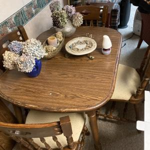 Photo of Table and chairs oak wood
