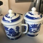 Chinese tea pitcher w 6 tea cups