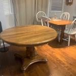 Nice  vintage dining table- has 2 leafs-
