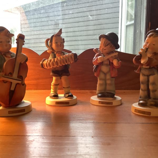 "Photo of Original ""HUMMEL"" figures"