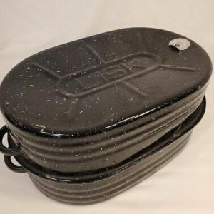 Photo of Vintage Lisk speckled roaster