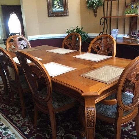 Photo of Dining Set for 6