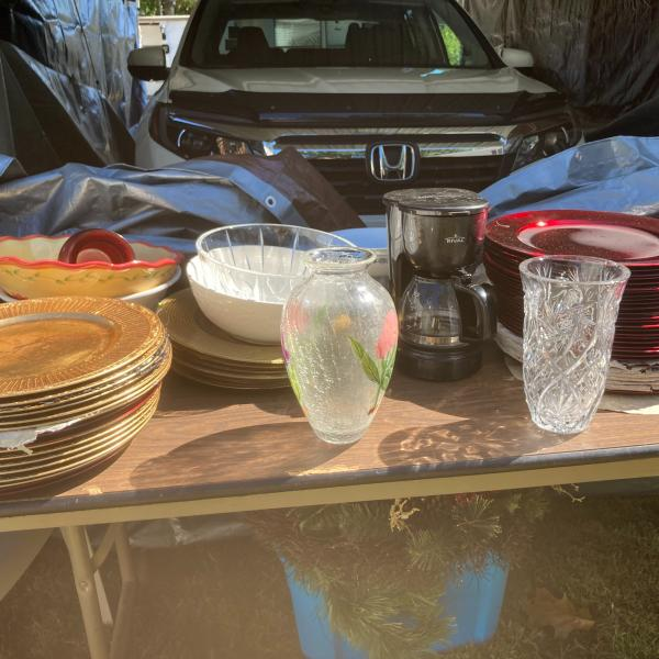 Photo of household items
