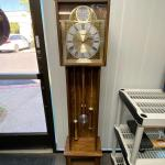 Vintage Battery Operated Veneered Standing Grandfather Clock
