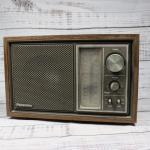 Vintage Made in Japan Panasonic AM FM Radio