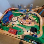 Imaginarium Classic train table w/ Roundhouse,table fully assembled, instruction