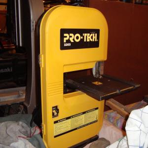 """Photo of 9"""" BANDSAW"""