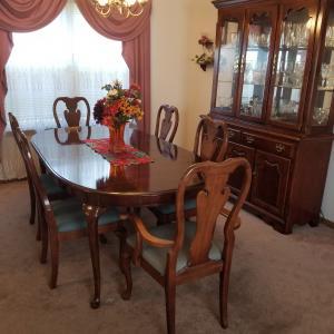 Photo of Dinner Room Set