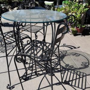 Photo of Bistro Iron table with 4 chairs