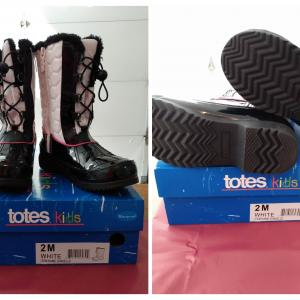 Photo of Like New Totes Winter Boots Size 2