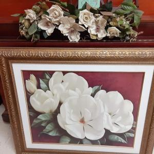 Photo of Magnolia picture with swag