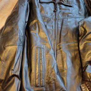 Photo of 4X men's jacket.