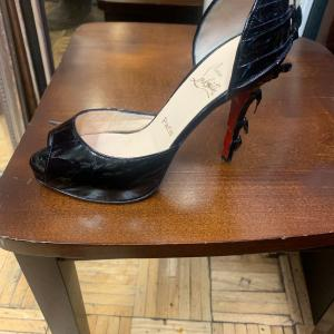 Photo of This is Lou bouton ladies shoes size 9 black