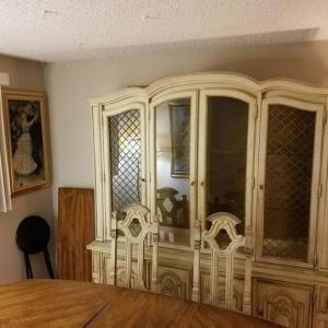 Photo of Dinning Room Set