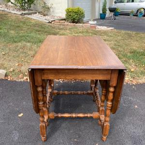 Photo of Drop leaf table
