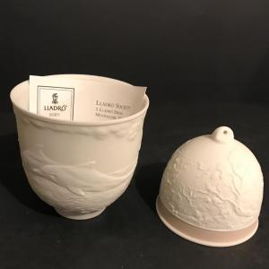 Photo of Lot 294: Lladro Collector Society 1998 Cup and 1993 Bell Christmas Ornament