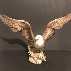 Photo of Lot 2: Large Lladro Bald Eagle #5602 AS-IS