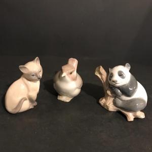Photo of Lot 288: Lucky Panda #8105, Bird #1053 And Cat Figurines