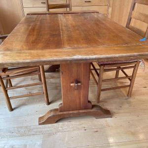 Photo of American Vintage Amish made Table with 3 chairs
