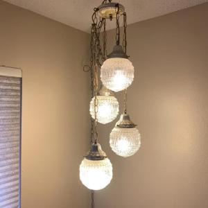 Photo of Lot 91 - Vintage MCM Quad Globe Swag Lamp