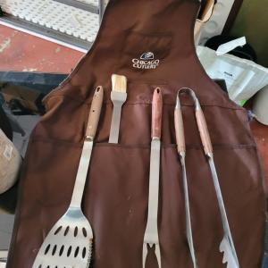 Photo of Chicago Cutlery Grill Set