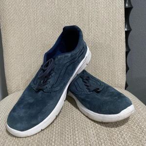 Photo of Men's Blue Suede VANS Lightweight Tennis Shoe Size 12 LXVI Ultracush Lite Old Sk
