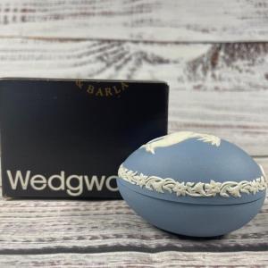 Photo of Wedgwood Jasperware Lapwing Bird Trinket Box Easter Egg 1984